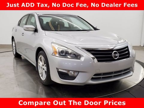 Pre-Owned 2014 Nissan Altima 2.5 SV FWD 4dr Car
