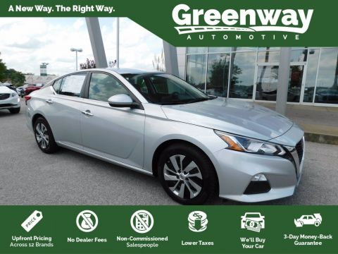 Pre-Owned 2019 Nissan Altima FWD 4dr Car